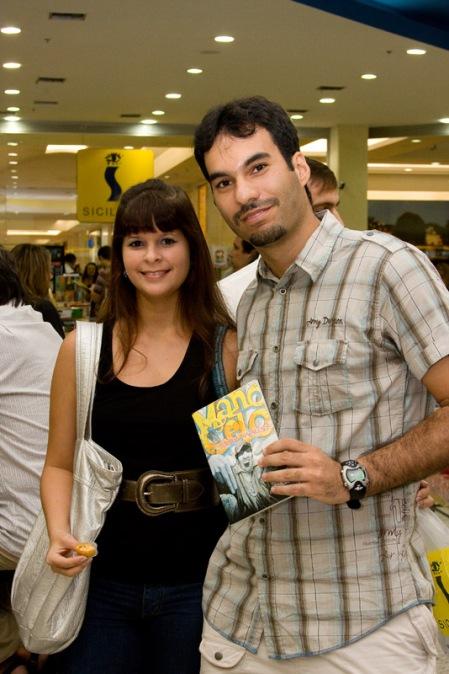 Grande Humberto e sua namorada, fotógrafo das multidões.