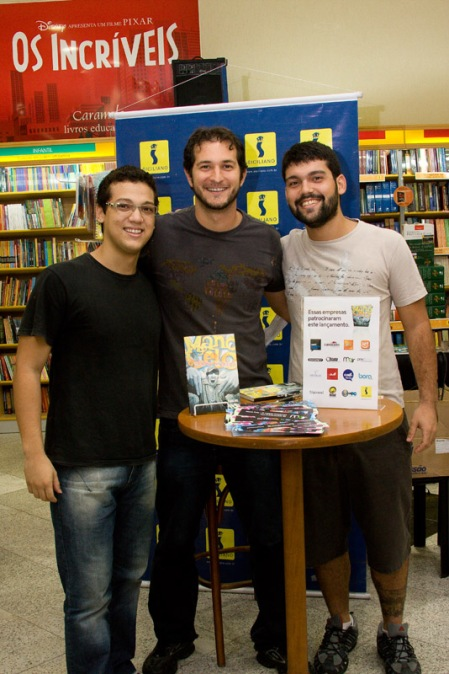 Os Incríveis - Pelo menos é isso que está escrito acima de Diogo e Danilo Guanabara.